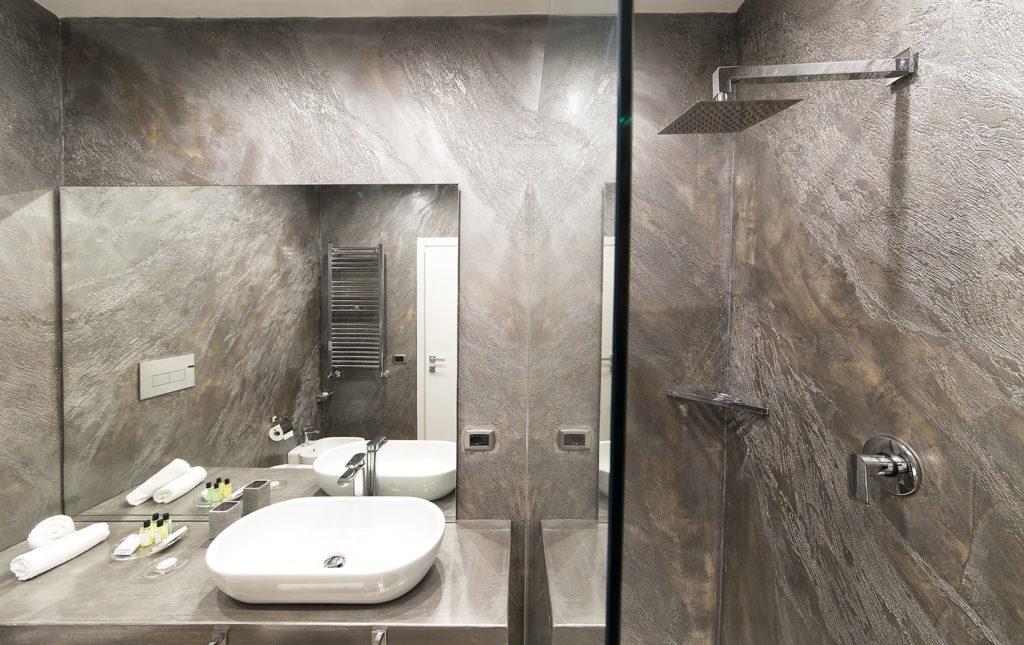 Camere deluxe dante maison de charme b b - Illuminazione per doccia ...